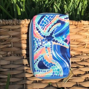 Lilly Pulitzer Accessories - Lilly Pulitzer phone wallet